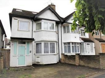 West Avenue, Hendon NW4 - House