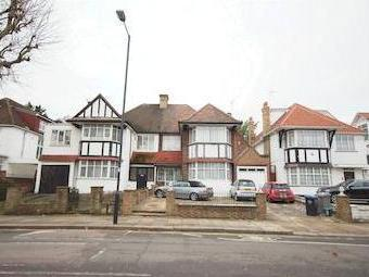 The Avenue, Queens Park Nw6