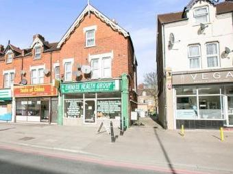 Brownhill Road, Catford Se6 - Listed