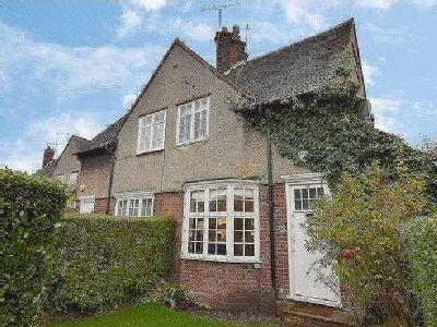 House for sale, Midholm, Nw11