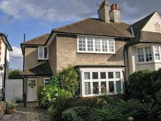 Limes Avenue, Mill Hill Nw7 - Garden