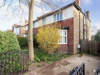 House for sale, Lynton Road W3