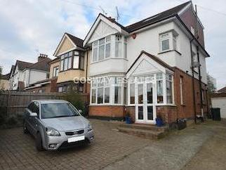 House for sale, Bunns Lane Nw7