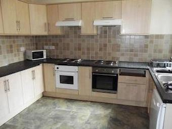 Longford Place, Victoria Park, Bills Included, Manchester M14