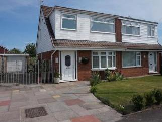 West Meade, Maghull L31 - Garden