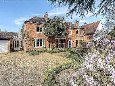 Temple Lane, Temple, Marlow, Buckinghamshire, SL7