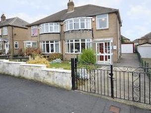 Carr Manor Avenue, Moortown, Leeds, West Yorkshire Ls17