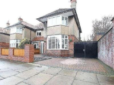 Queens Avenue, Meols, Wirral, CH47