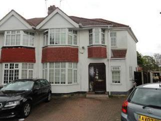 Eskdale Avenue, Northolt UB5 - House