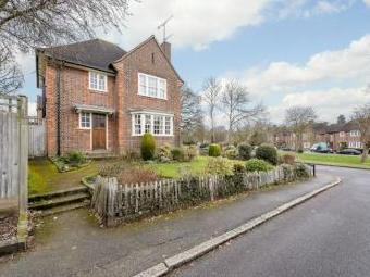 Bede Close, Pinner, Middlesex HA5