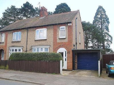 Newton Road, Rushden, Nn10
