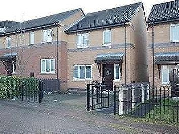 Manor Oaks Gardens, Sheffield, S2