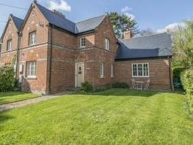 Thurle Grange Cottages, Rectory Road, Streatley, Reading RG8
