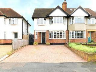 Vaughan Road, Thames Ditton KT7
