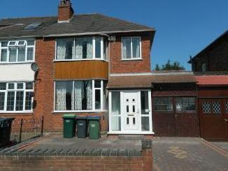 Riverway, Wednesbury WS10 - Garden