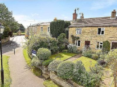 Willow Lane, Clifford, Wetherby, LS23