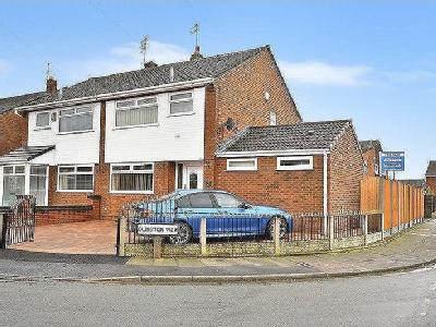 Clincton View, Widnes, Wa8 - En Suite