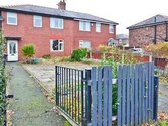 Bluebell Avenue, Wigan WN6 - Parking