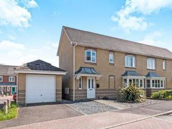 Wiltshire Crescent, Worting, Basingstoke RG22