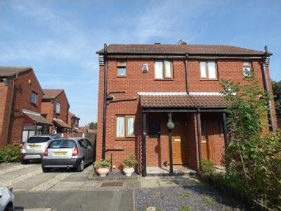 Shewell Close, Tranmere, CH42 - Patio