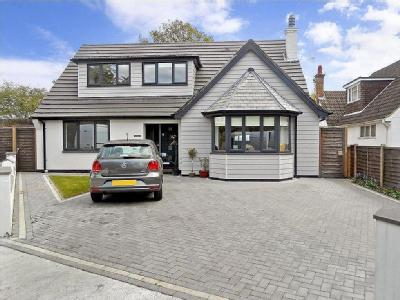Skinners Lane, Ashtead, KT21 - Patio