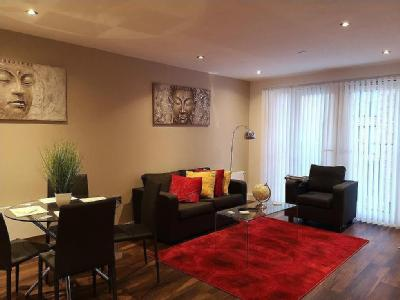 Flat to let, , M5, Salford - Modern