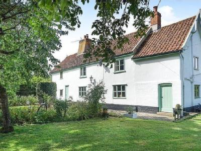 House for sale, South Green - Listed