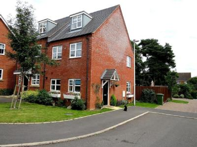 Sovereign Close, Rugby , CV21