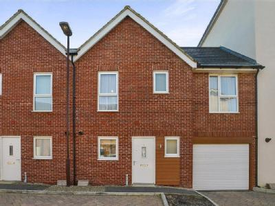 Sovereigns Way,  Bletchley, MK2