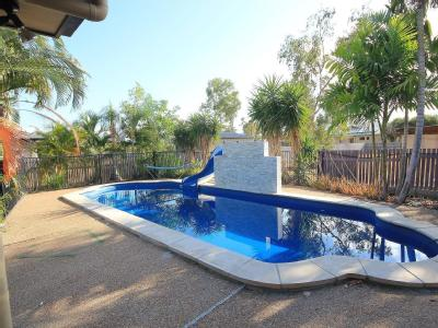 19 Tennessee Way - Swimming Pool