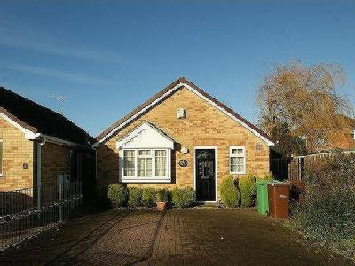 St. Andrews Close,  Bulwell, NG6