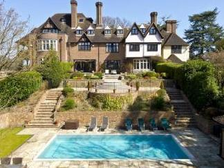 Yaffle Road, St. George's Hill, Surrey KT13