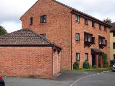 Flat to let, St Marys Court