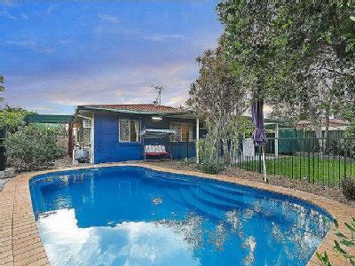 Garden Grove Crescent, Kirwan - Patio