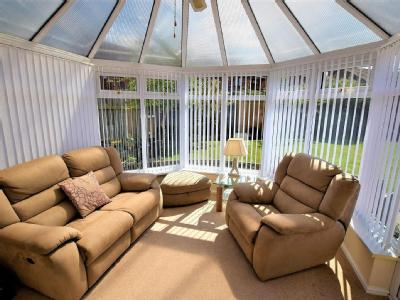 Stoupe Grove Redcar TS10 - Bungalow
