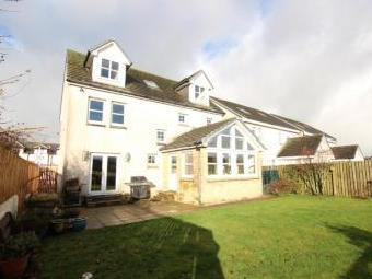 Strathaven ML10 - Double Bedroom