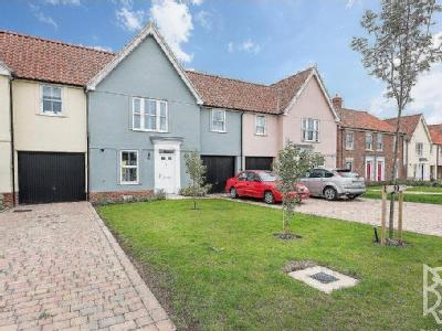 Strawberry Avenue, Lawford, CO11