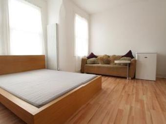 Lordsmead, Tottenham N16 - Furnished