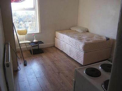 Studio Apartment George Street South, Salford