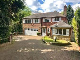 Chester Road, Chigwell IG7 - Flat