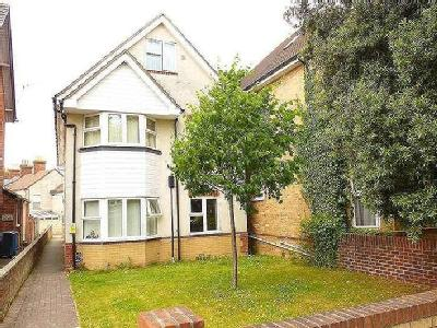Flat to rent, Longfleet Road