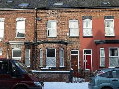 Flat to rent, Duncan Road