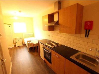 Flat to rent, Walsall Road