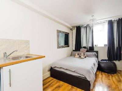 Flat to let, Exmouth Road - Modern