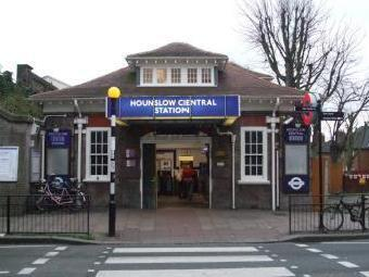 Bell Parade, Bell Road, Hounslow TW3