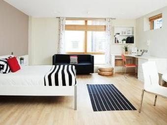 Kirby Street, London, - Students Only, Short Let Summer Stay EC1N