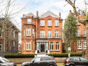 Fitzjohns Avenue, Hampstead, London NW3