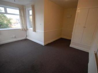 College Road, Manchester M16 - Flat