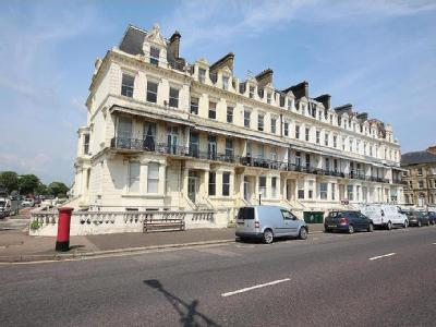 Flat to let, Kingsway, Hove - Modern