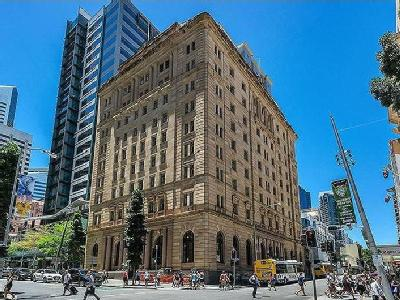 Flat to buy Brisbane City - Furnished